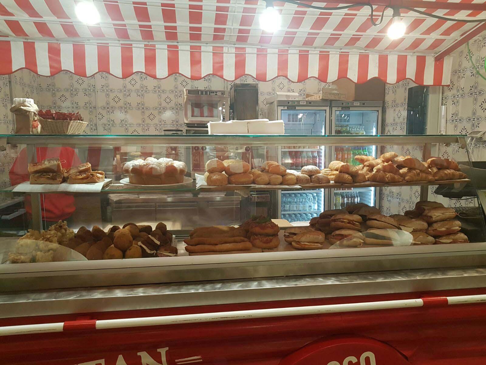 street food Puteca Rossopomodoro stazione Milano