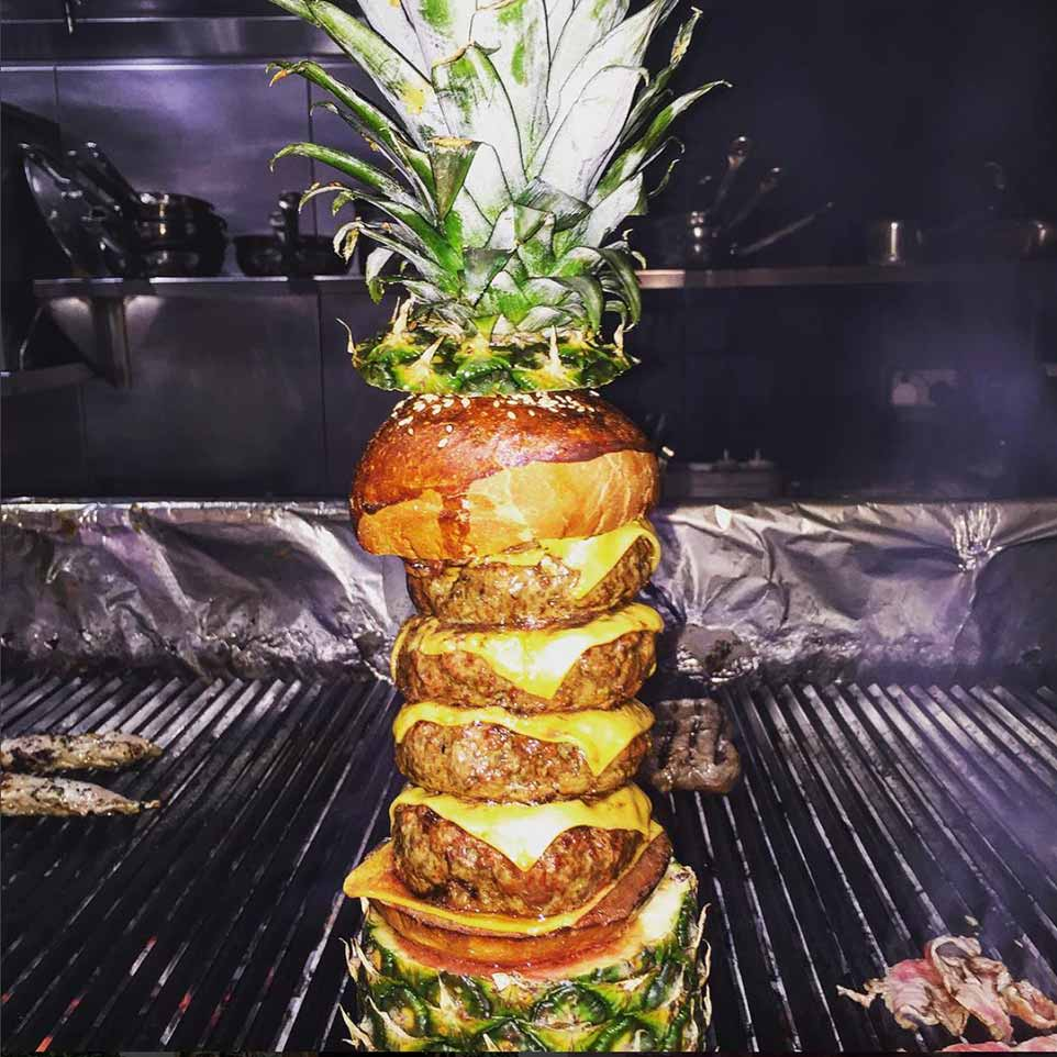 nusret-gokce-tropical-burger