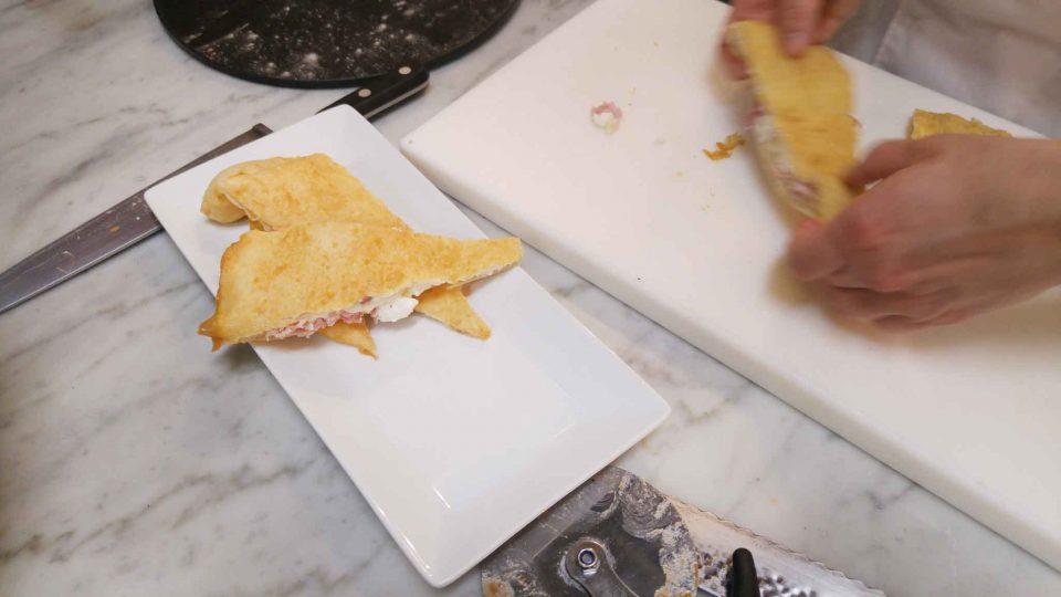 pizza-fritta-impiattamento-seu-mercatocentrale