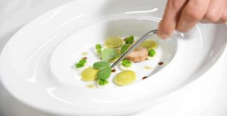 Pasqua a Sorrento al ristorante Terrazza Bosquet con la ricetta dei raviolini di piselli