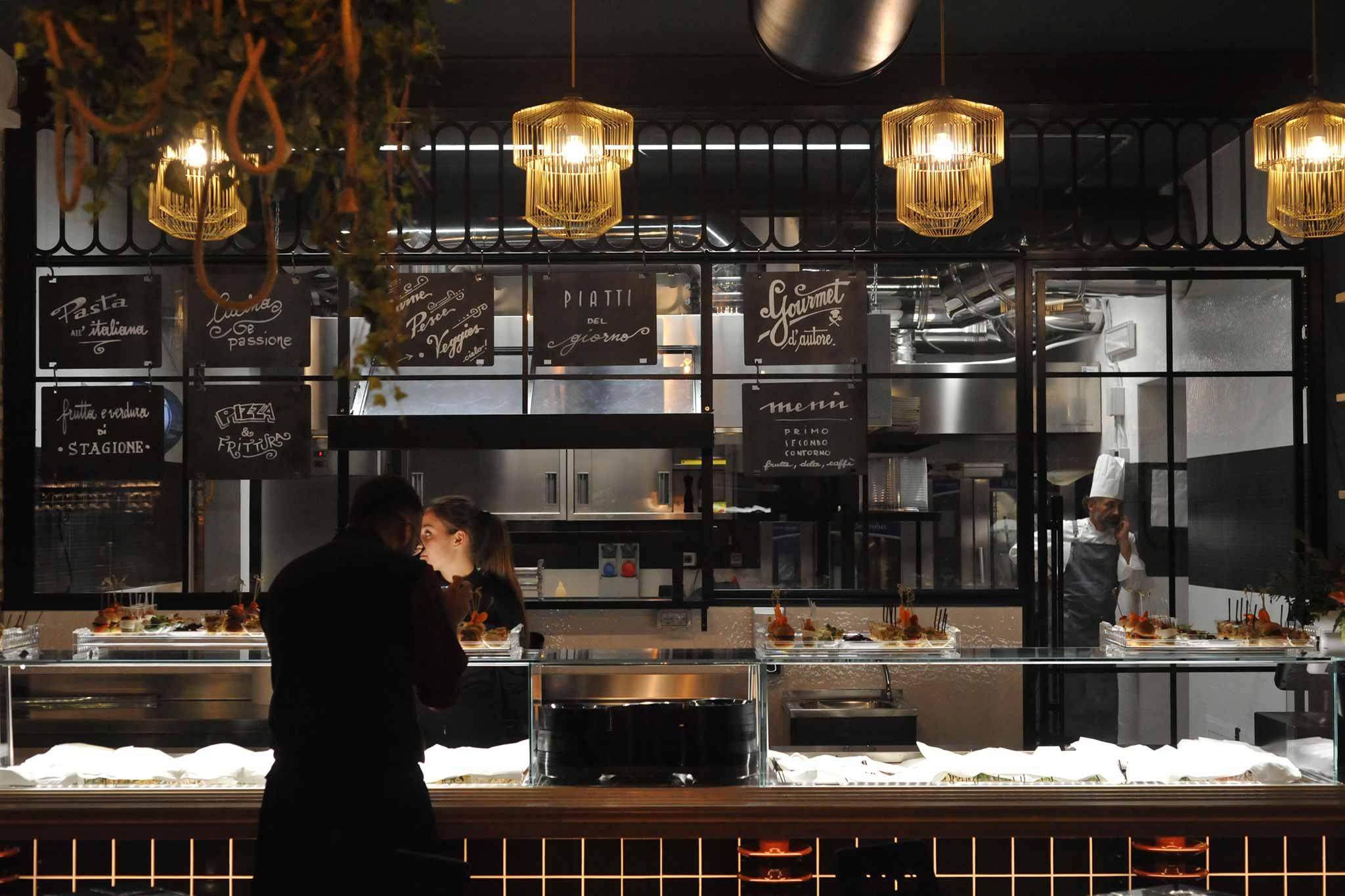 Roma menu e prezzi di cielo nuovo locale multifunzione a - Sala con cucina a vista ...