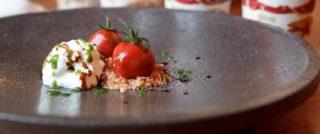 Diversamente gelato: la ricetta di Simone Rugiati con pomodorini, burrata e basilico