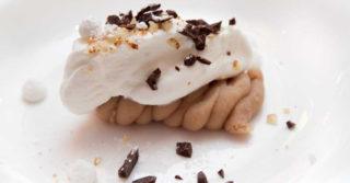L'antica ricetta del purè di castagne che sembra un Montblanc per festeggiare il dialetto milanese