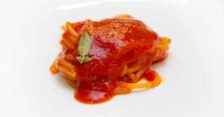 Napoli. Sea Front DiMartino PastaBar, il format innovativo che è devozione