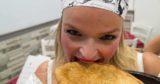 Teresa Iorio vola a Copenaghen, conquista il presepe ed è sempre più pizza Femmena e Fritta