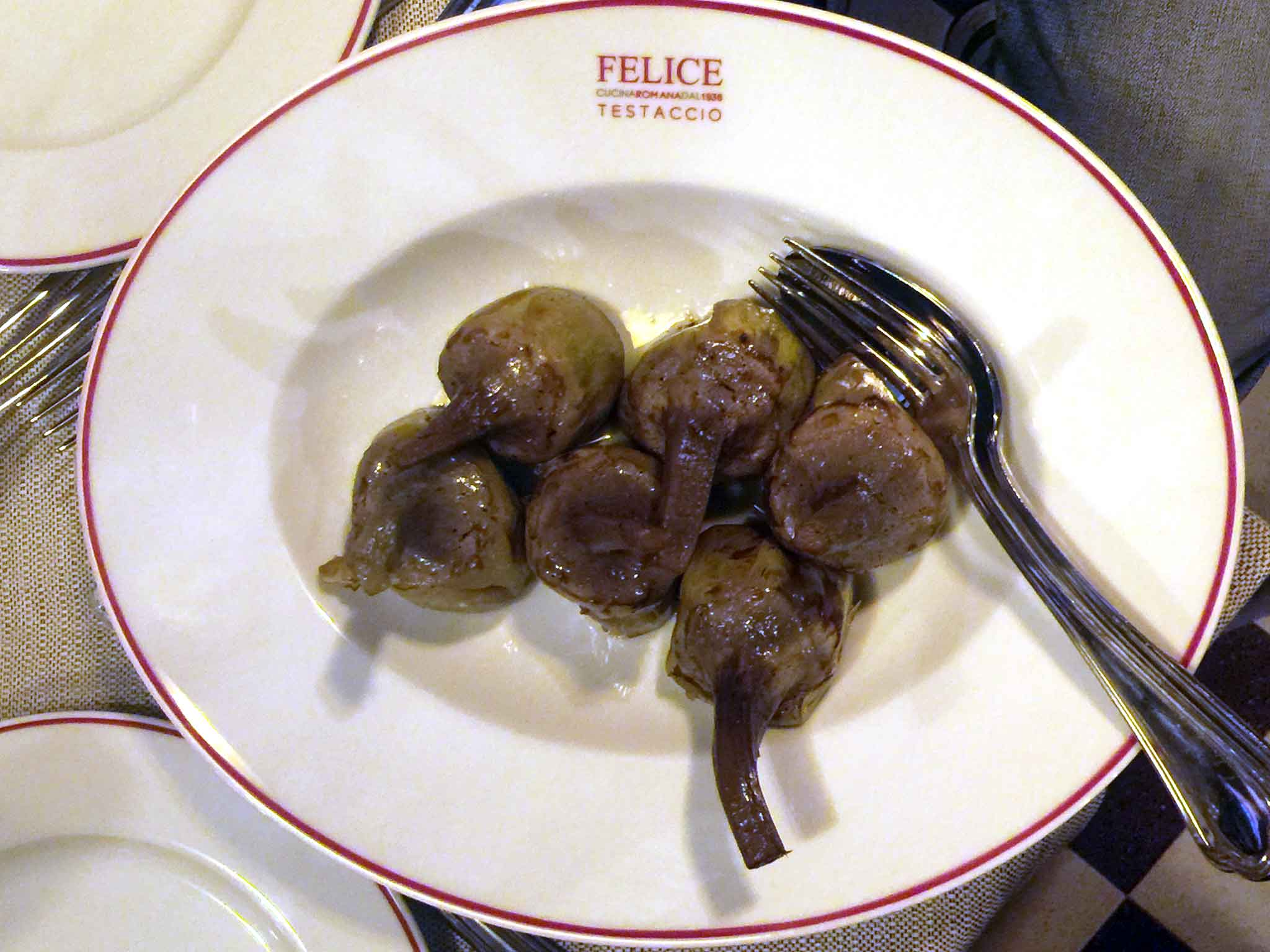 Felice a testaccio a milano com 39 cosa si mangia quanto for Piatti tipici della cucina romana