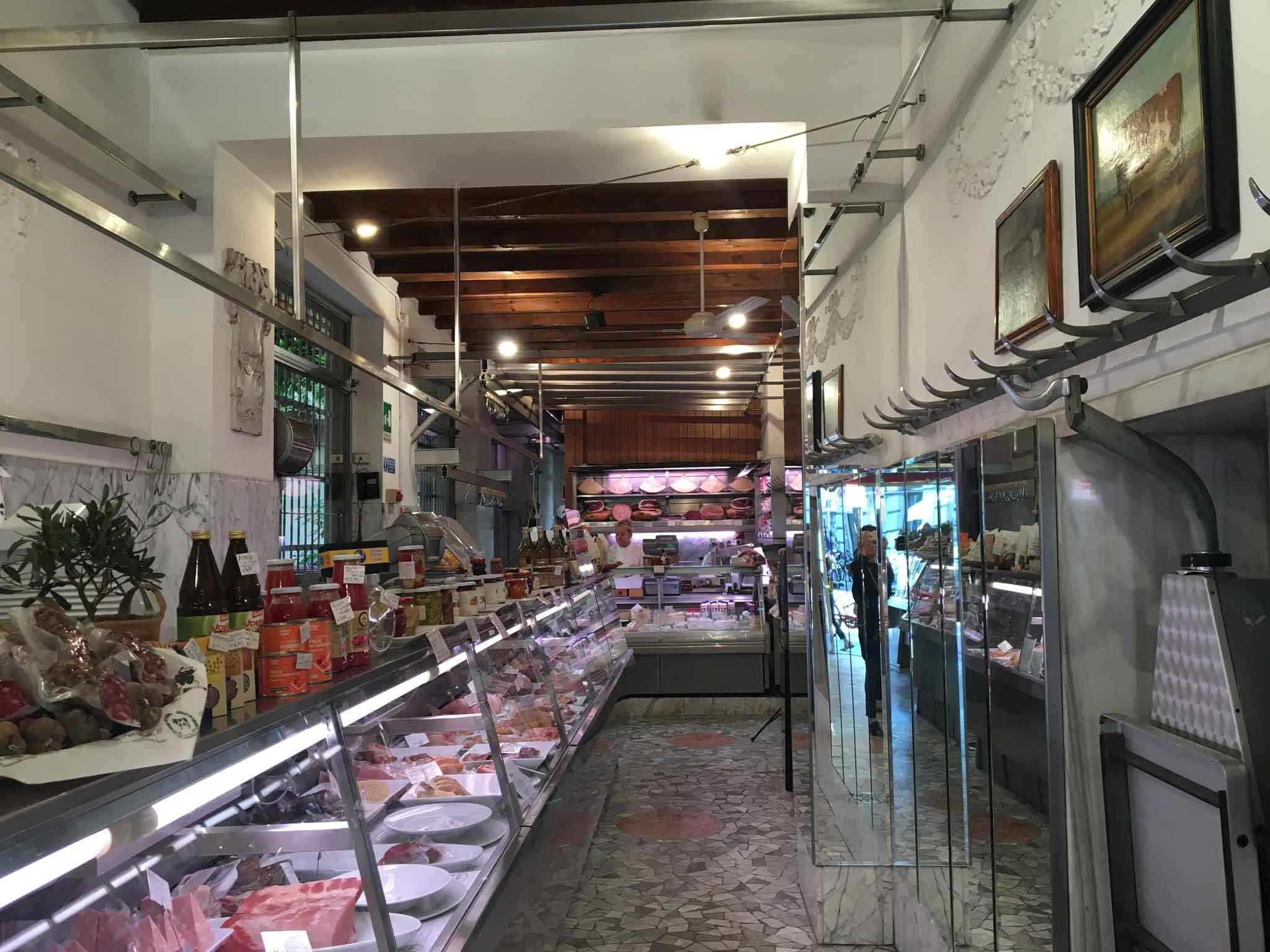 Macelleria Sirtori, interno, Paolo sarpi, Milano