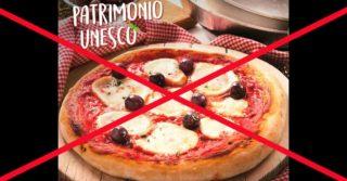 Se questa è una pizza, l'Unesco avrebbe avuto da ridire e i napoletani farebbero un pernacchio