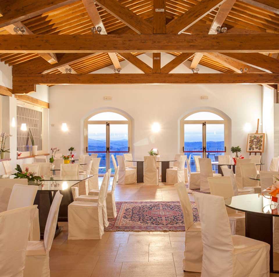 Ancona erard il ristorante che piace anche per i ricarichi minimi sui vini - Ristorante il giardino ancona ...