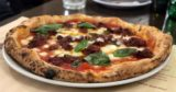 La migliore Pizza della Settimana è la Soffritto di Gaetano Genovesi a Napoli