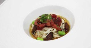 Spaghetti e tonno. La ricetta del Maguro Shimabara Somen con i noodles