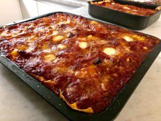 Lasagna. Il racconto della ricetta di famiglia del centro storico di Napoli