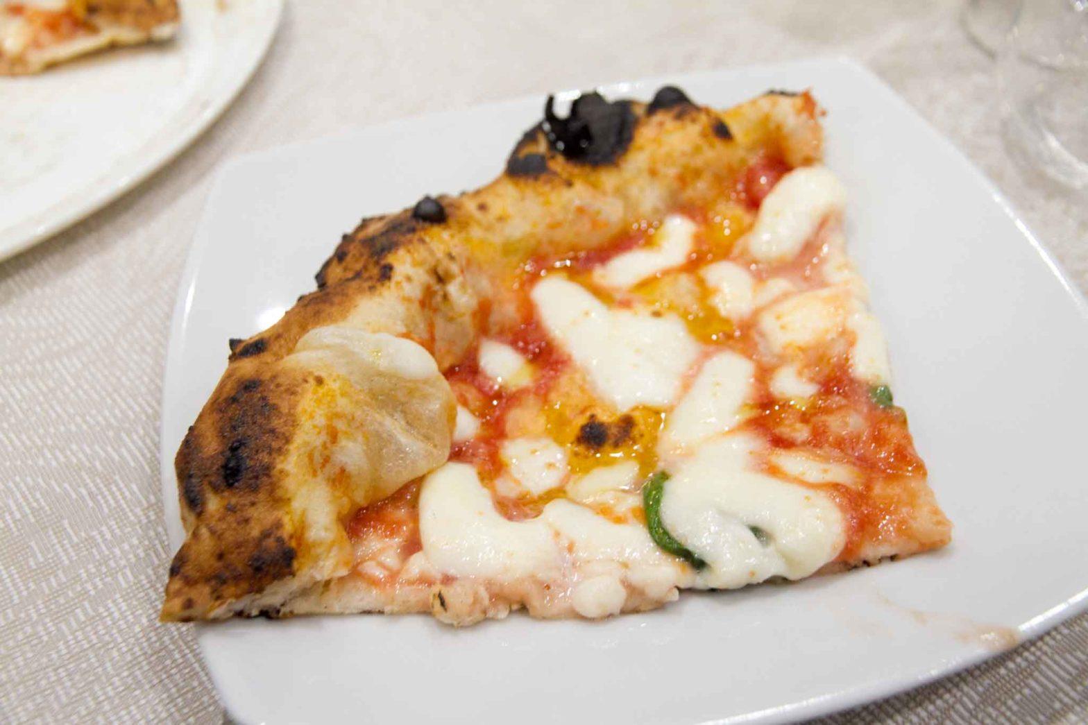 I modi migliori per riscaldare la pizza avanzata dal giorno prima