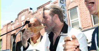 John Travolta e la pizza di Lenny's 40 anni dopo La Febbre del Sabato Sera