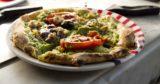 Com'è Pascalina, la pizza anti tumore preparata da Gino Sorbillo
