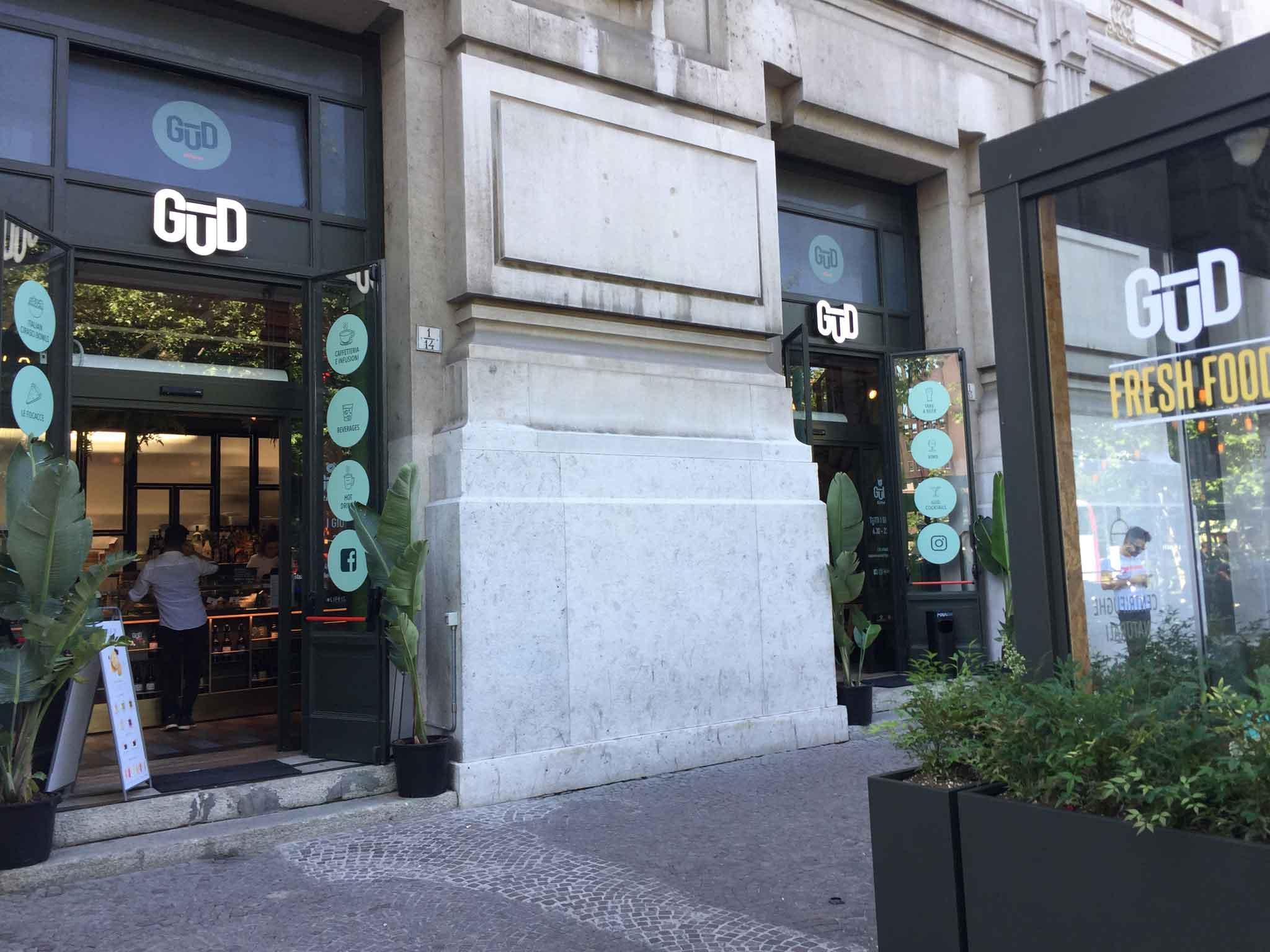 Milano I 5 Aperitivi All Aperto In Stazione Centrale Ora