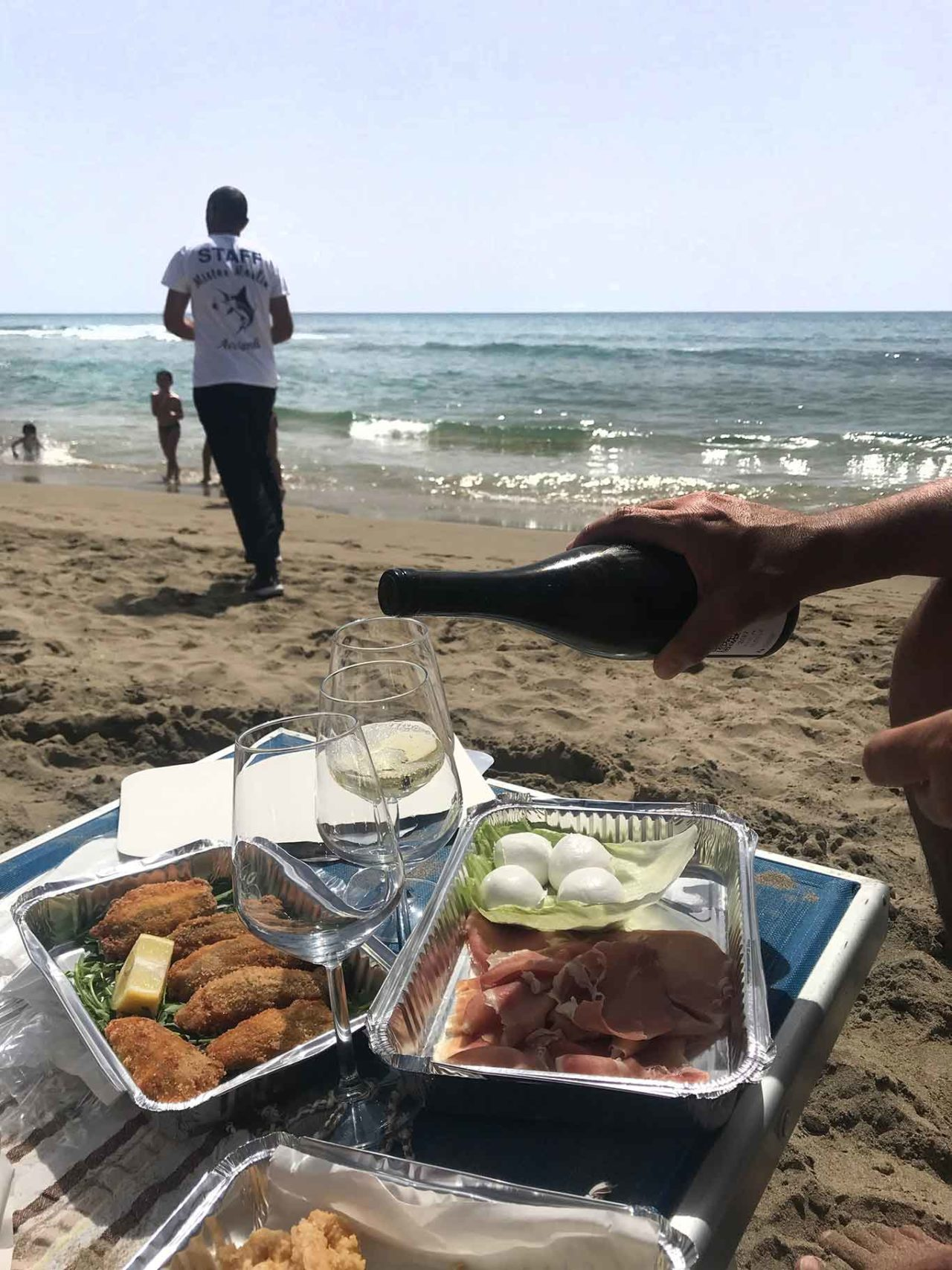 pranzo in spiaggia ad Acciaroli