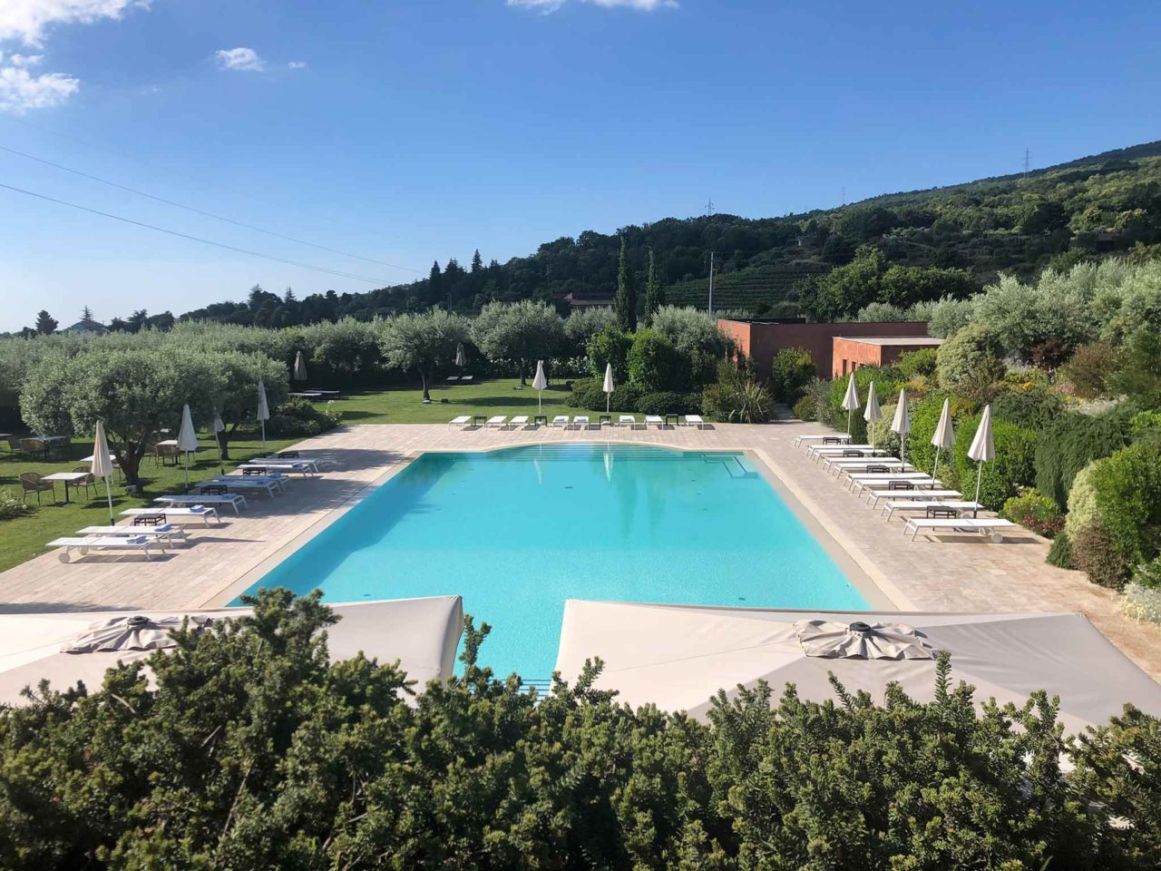 Villa Neri Sicilia Linguaglossa Etna ristorante Dodici Fontane piscina