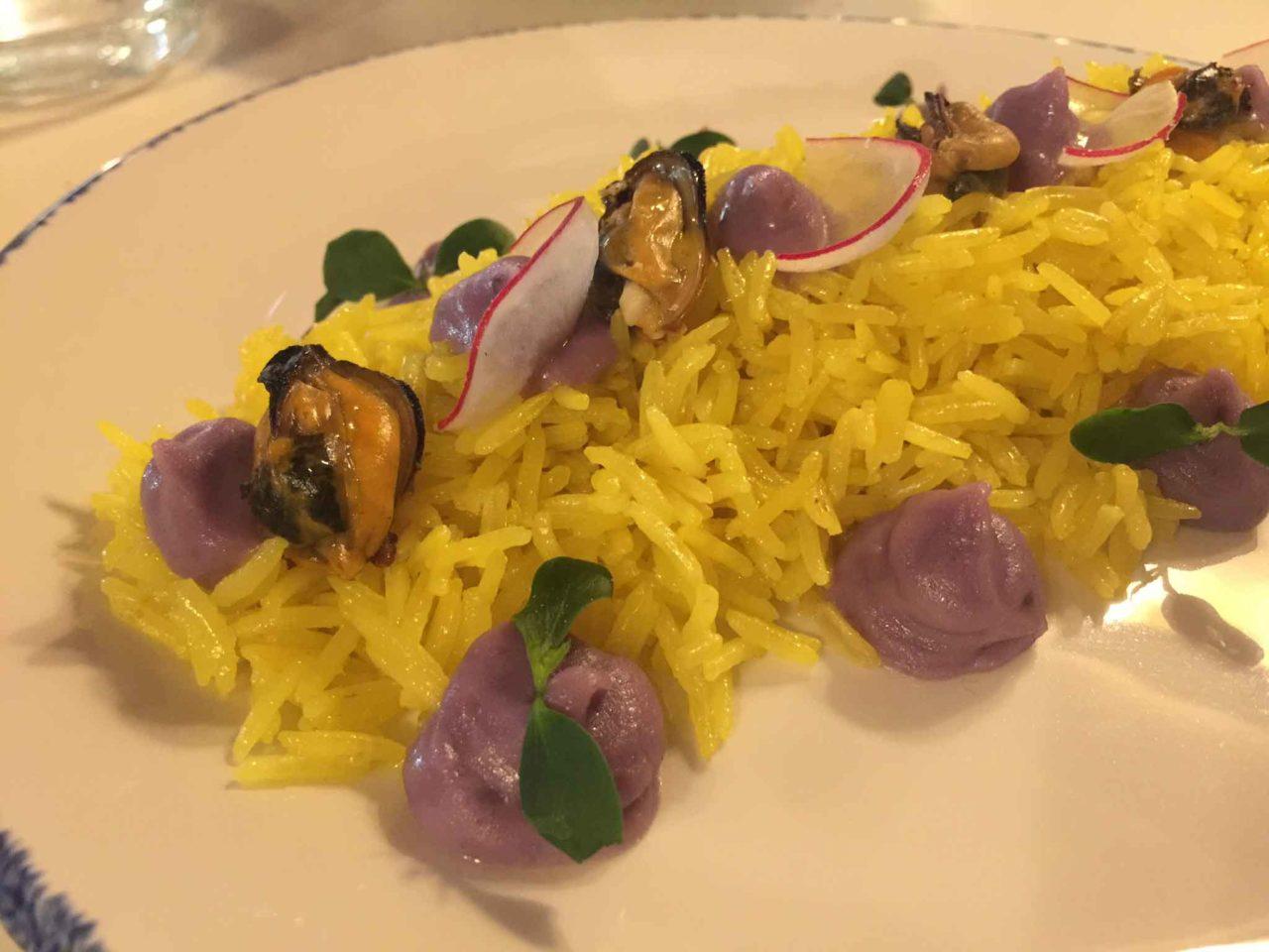 Becho best choice milano riso saltato zafferano cozze patata viola
