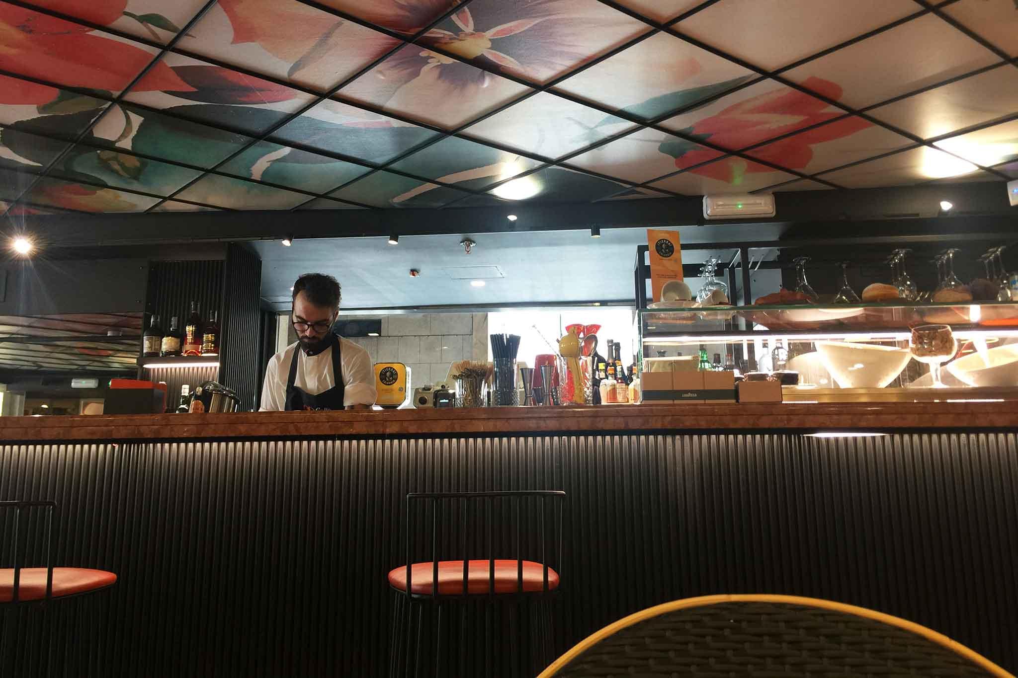 Odcafè Con Terrazza Calabritto A Milano La Recensione