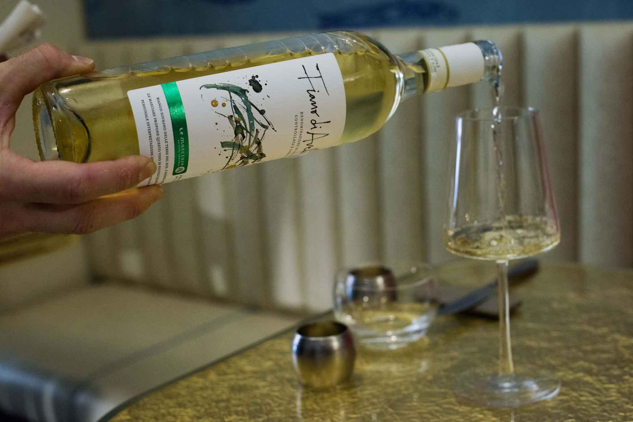 ristorante con vino dell'azienda di famiglia