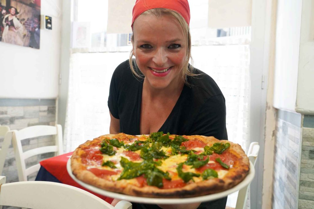 teresa iorio pizza donna influencer