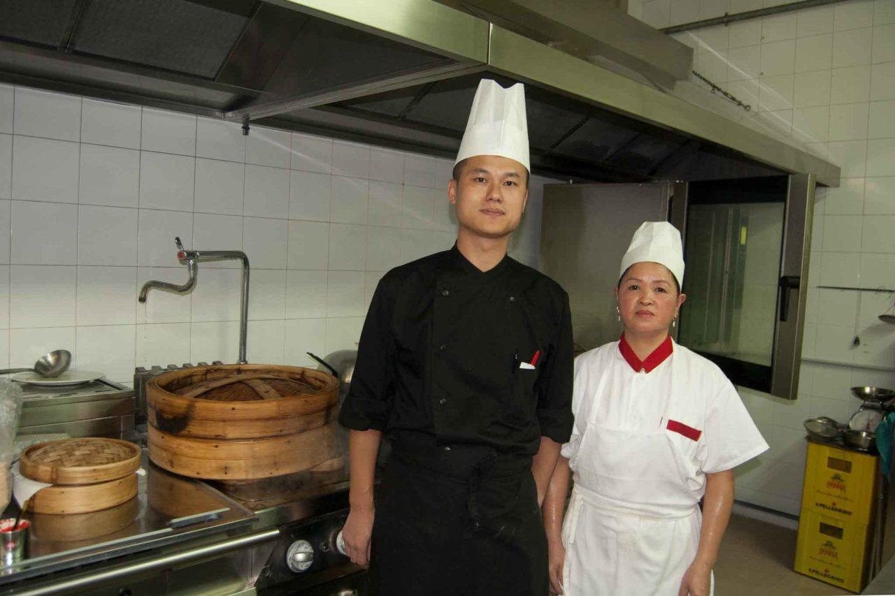 Ristorante cinese con cucina espressa