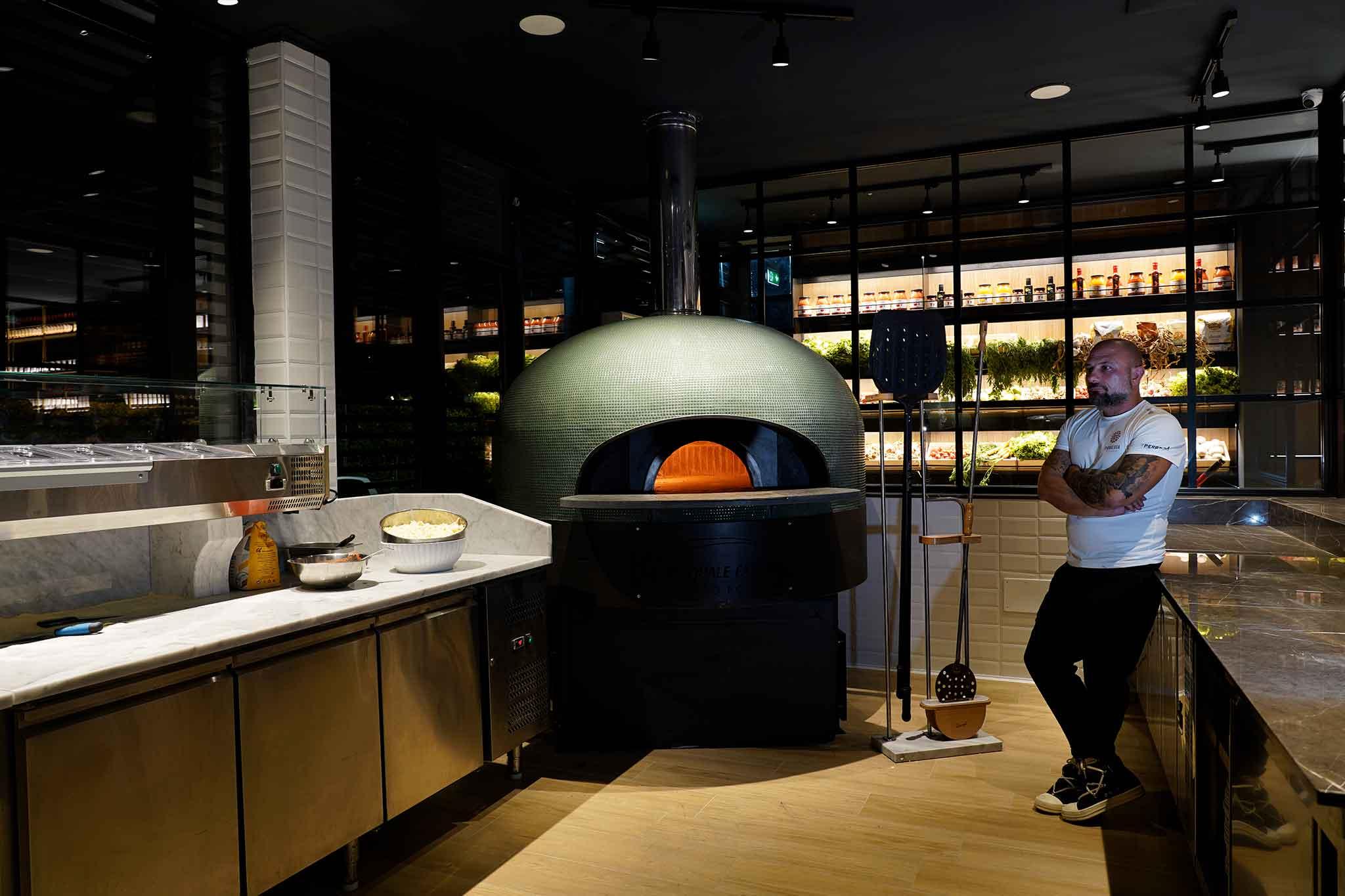 pizzeria Le Parule Ercolano Giuseppe Pignalosa forno per pizza a legna e orto