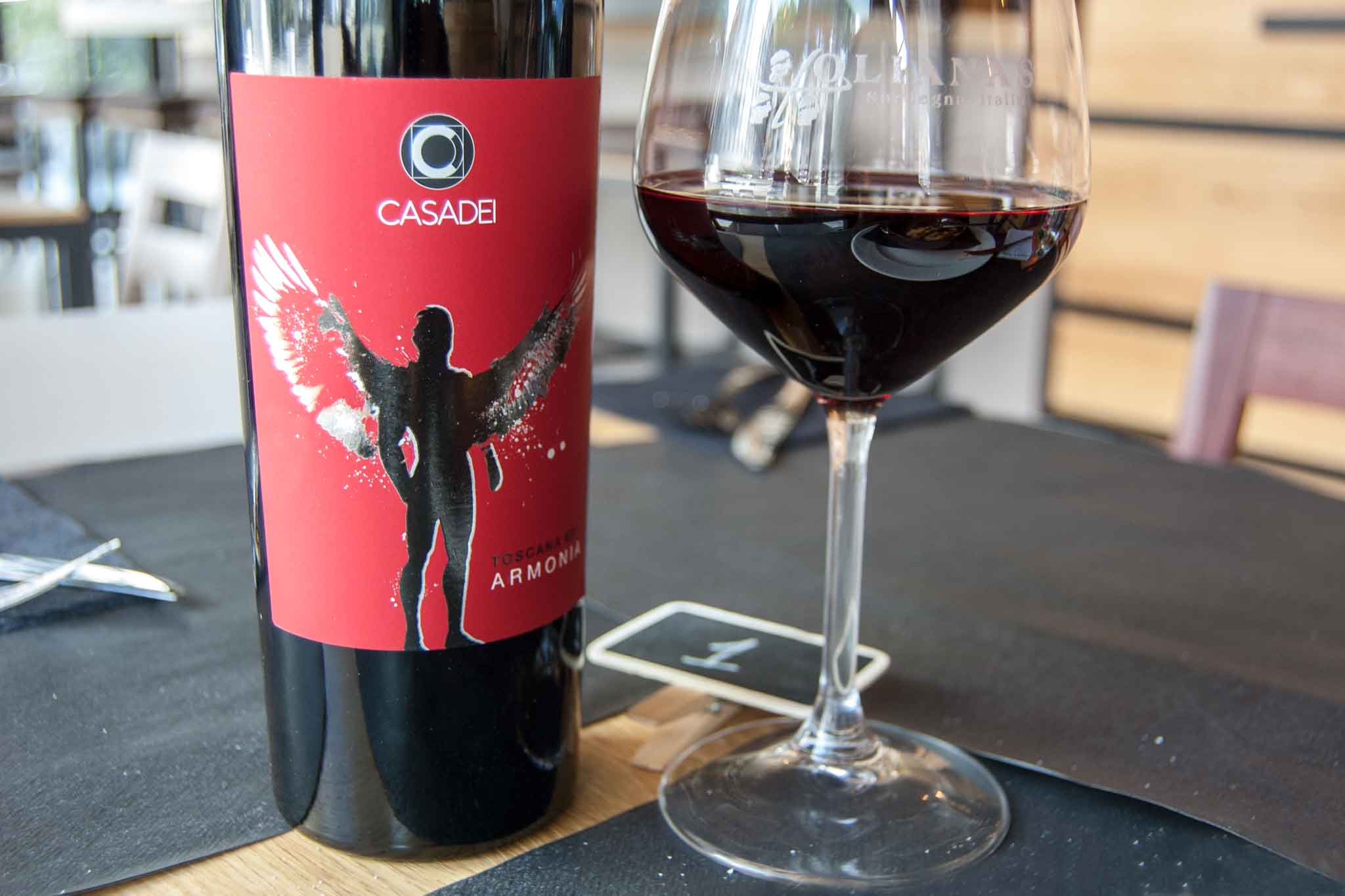 buon vino rosso toscano