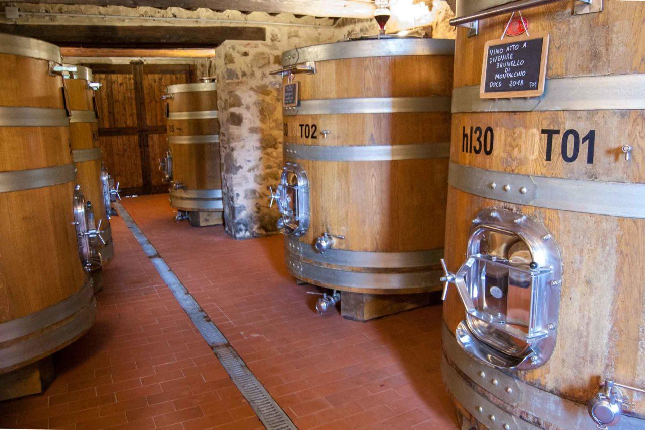 vino toscano in botte
