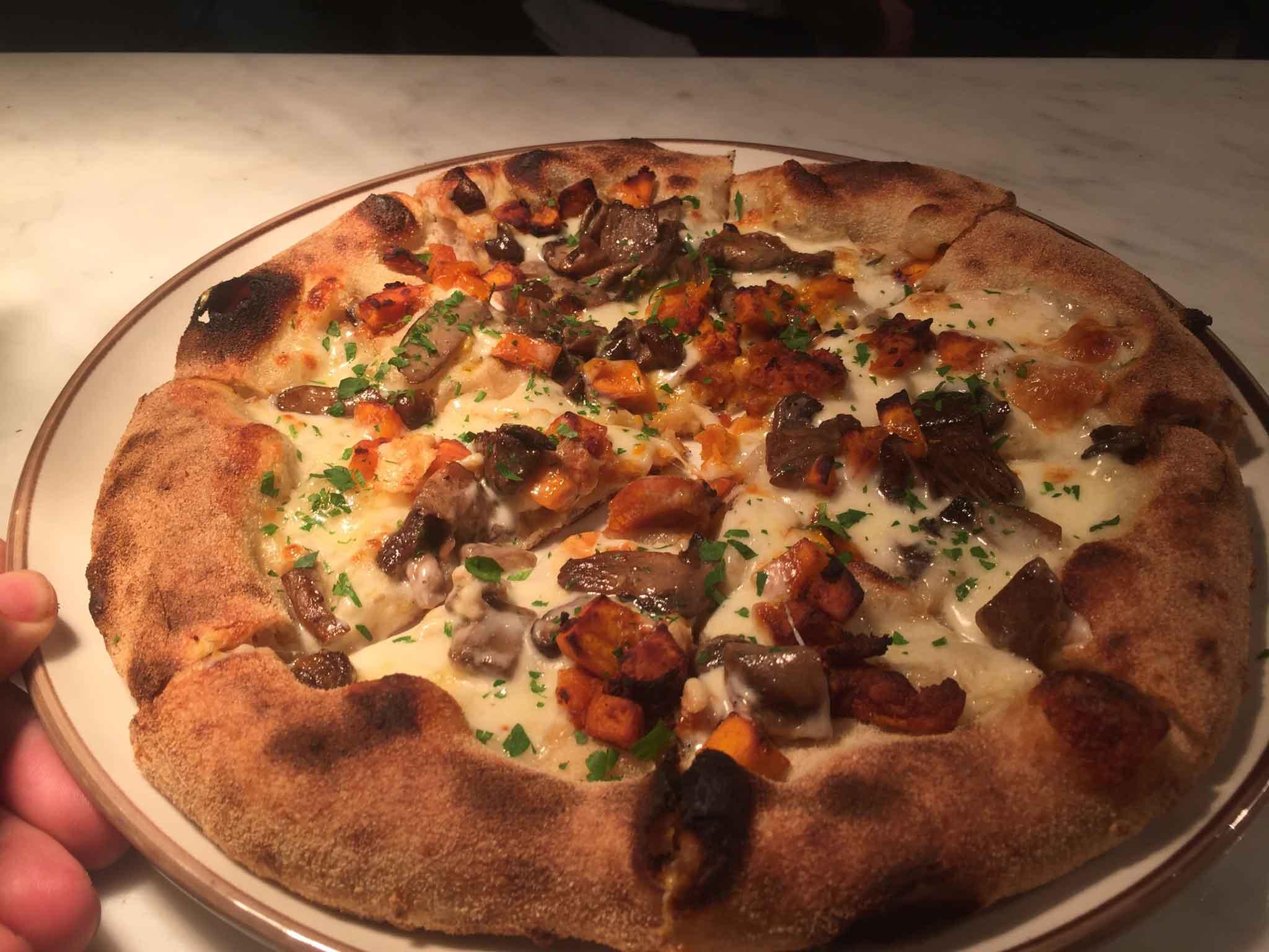 berberè pizza zucca e funghi per halloween
