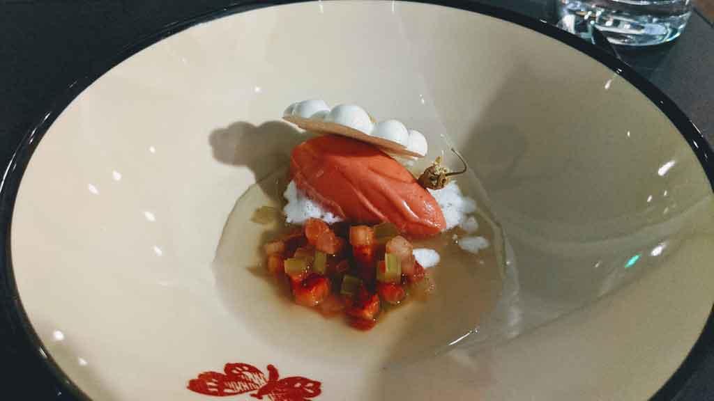 Gucci Osteria Beverly Hills, Massimo Bottura, dolce strawberry field quenelle sorbetto fragole meringa camomilla