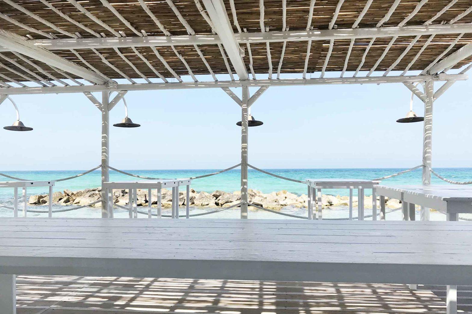ristorante tavoli aperto mare