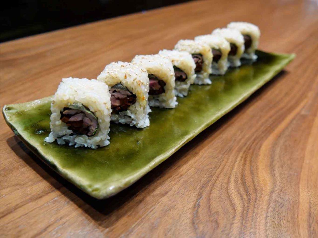 Wicky Priyan menu pasqua sushi maki agnello