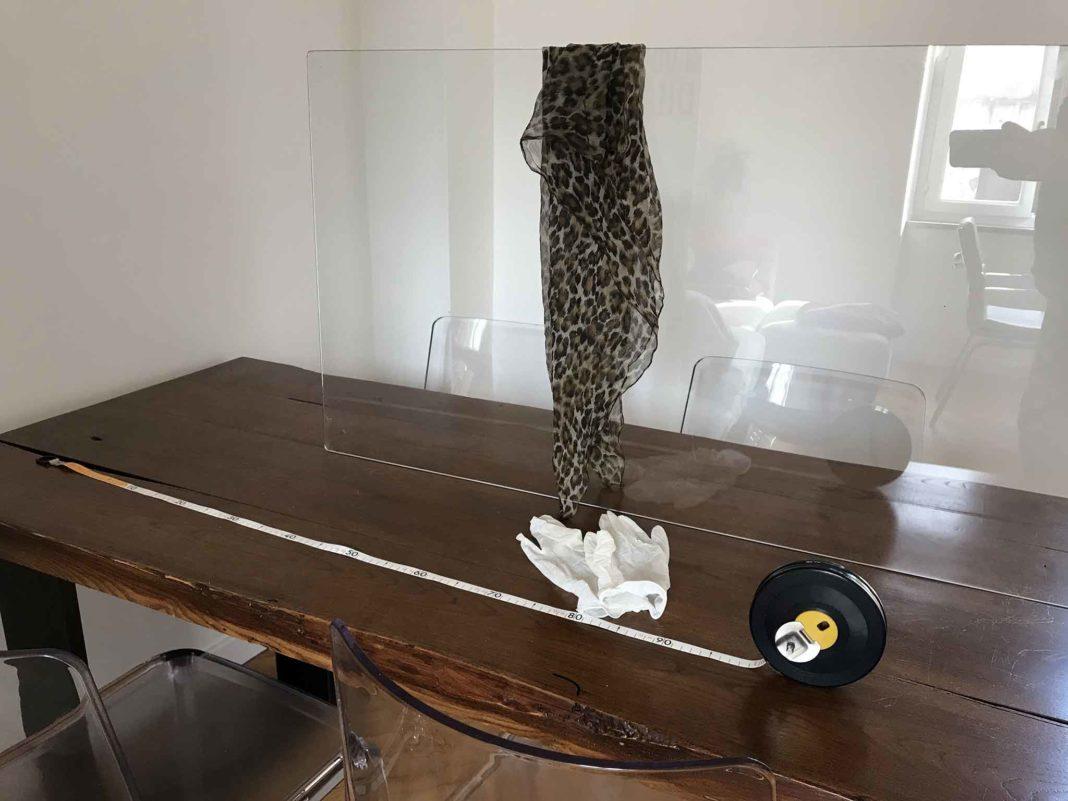 tavolo con vetro