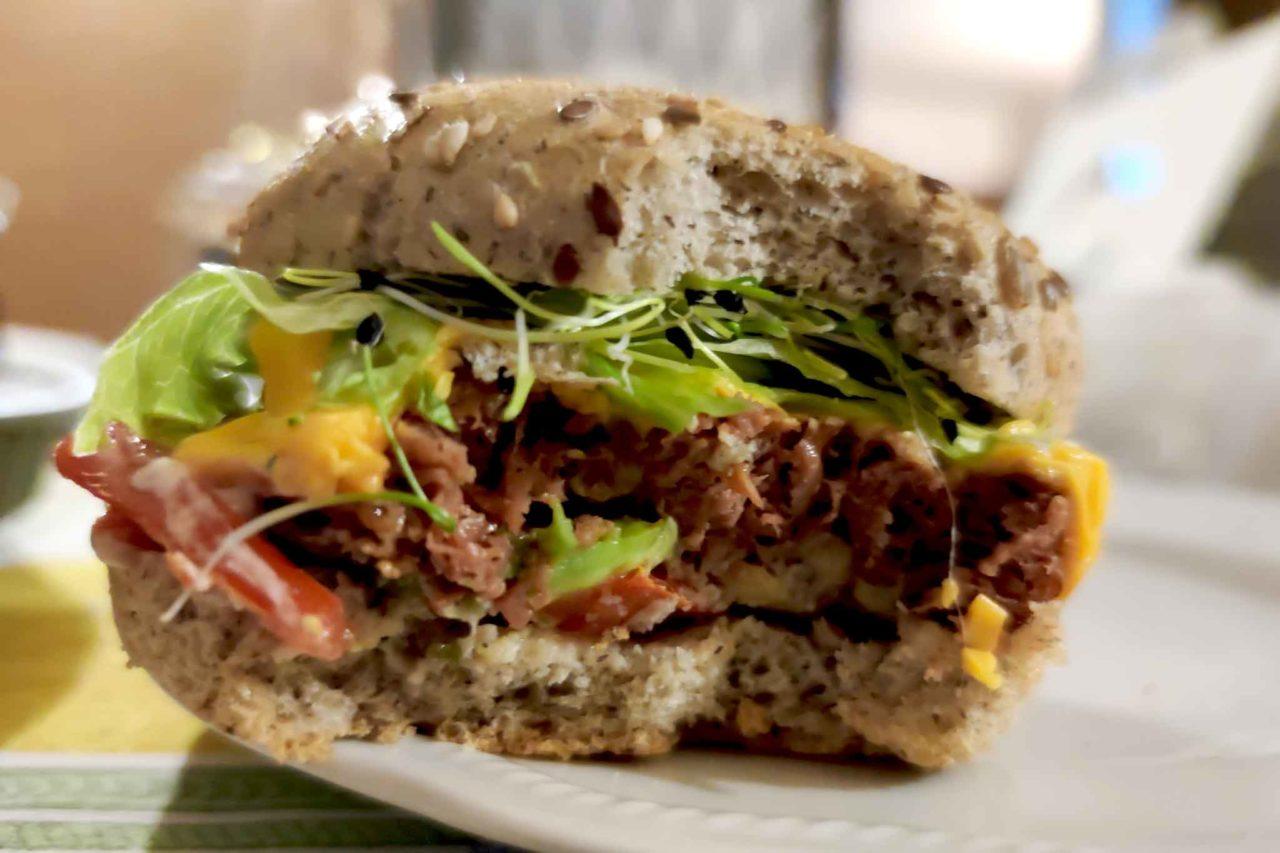 hamburger vegano di Vivi Bistrot