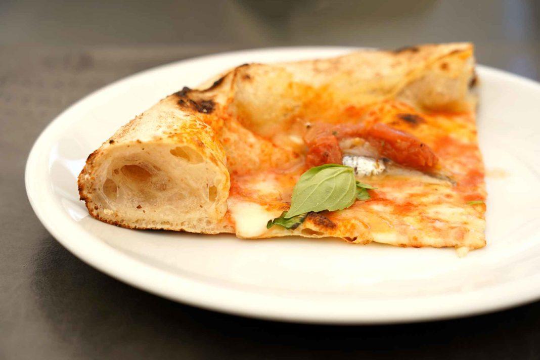 pizza alici in tortiera