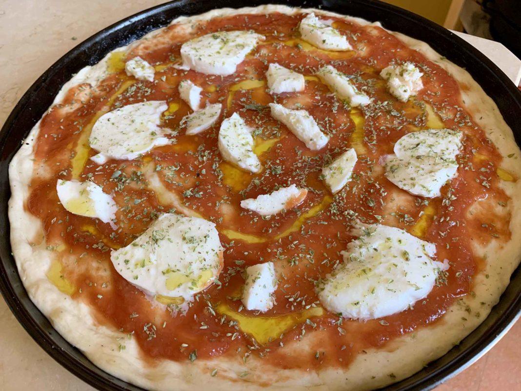 pizza in teglia ricetta