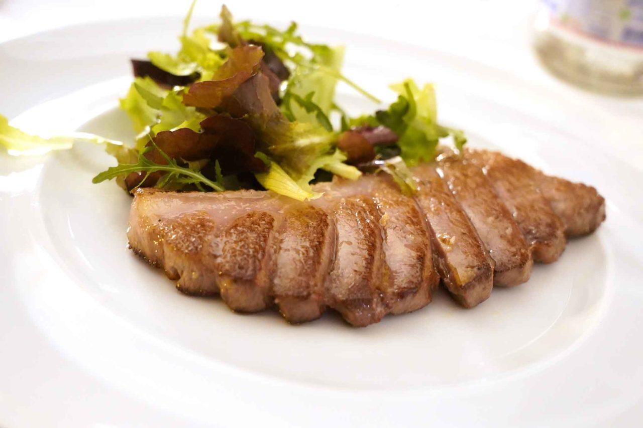 ventresca di tonno al ristorante Veliero di Acciaroli