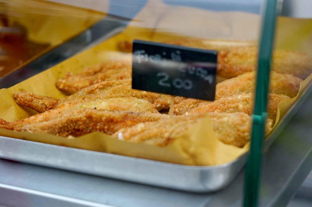 Street food: fiori di zucca fritta
