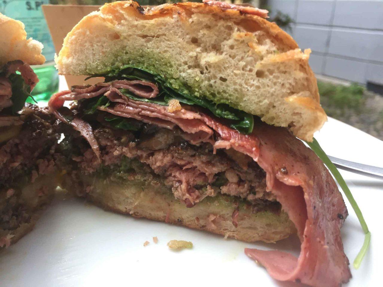 giga burger manzo pastrami delivery valley sezione