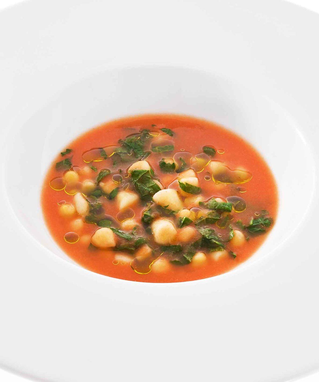 minestra di cazarielli ceci pomodoro cicoria Niko Romito