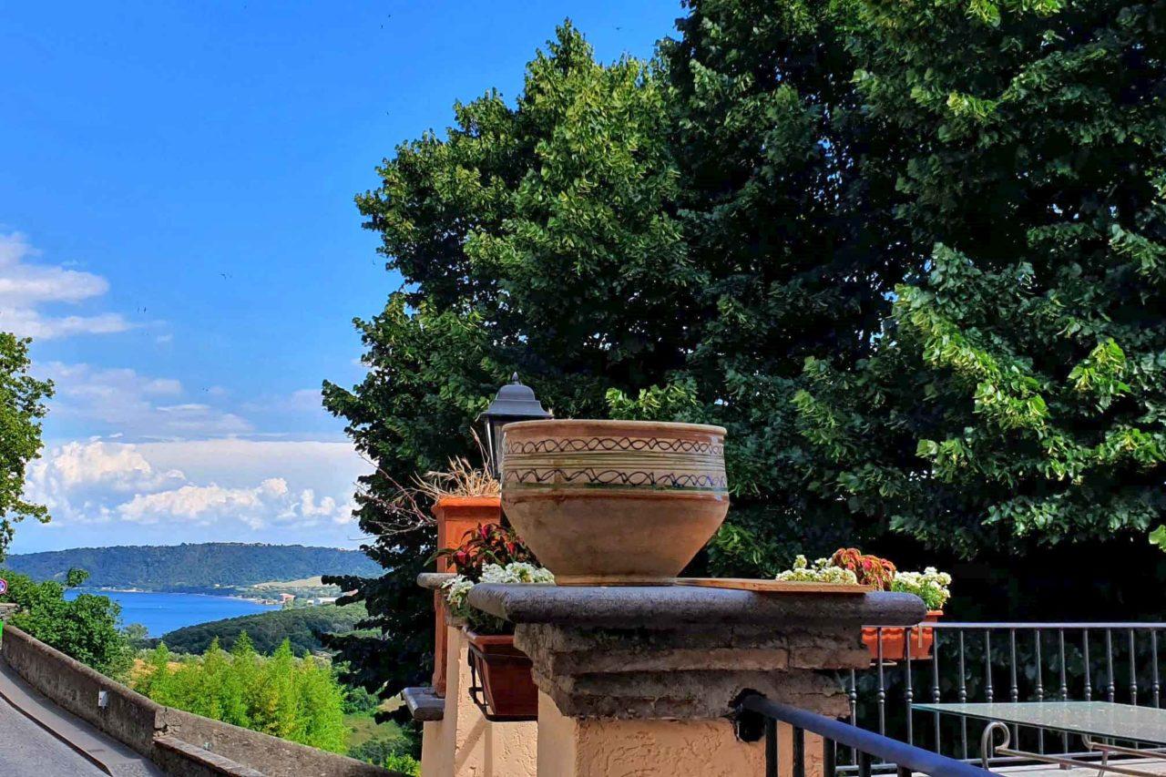 panorama dal Salotto Belvedere a Bracciano nuova apertura d'estate