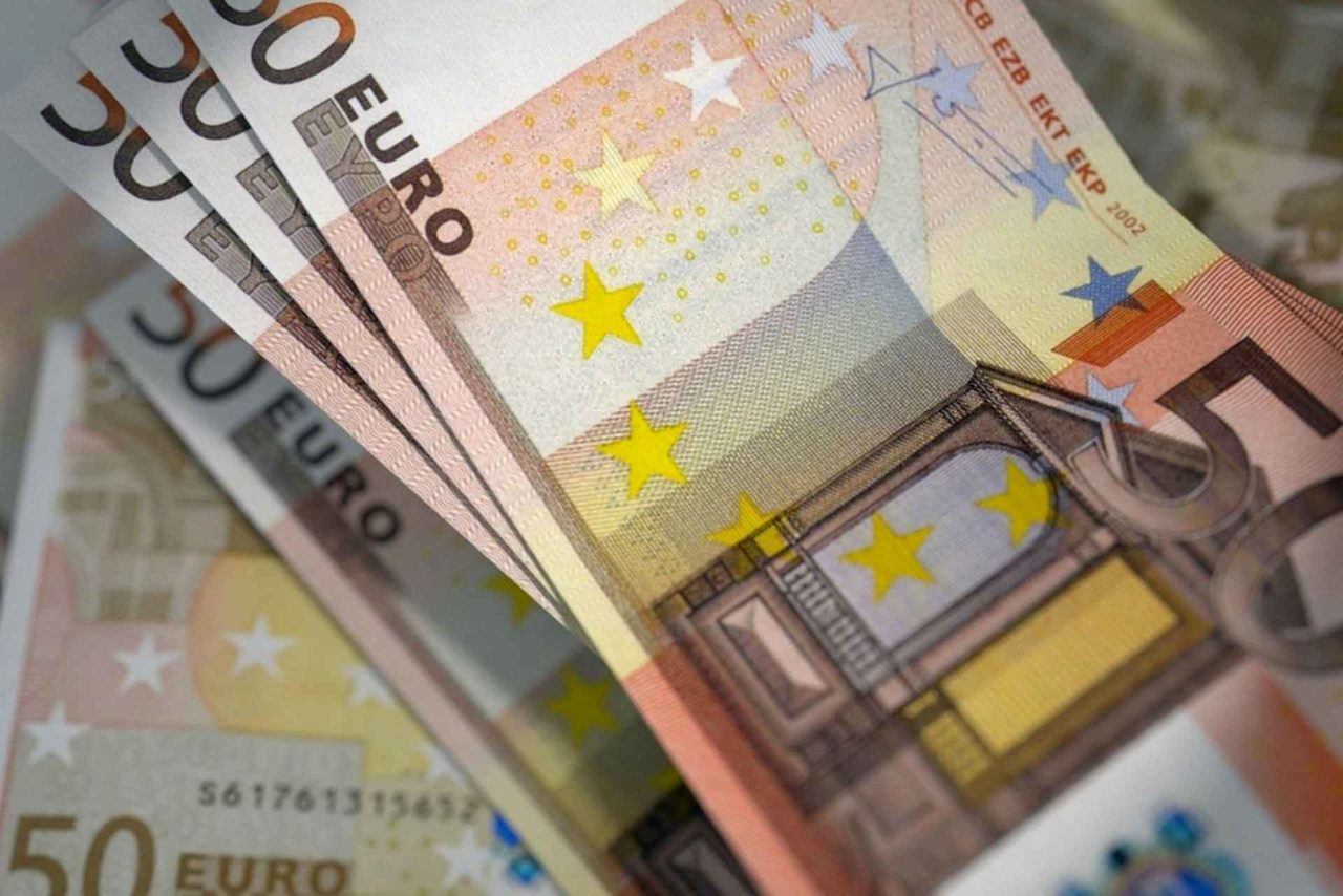 Bellanova 5mila euro