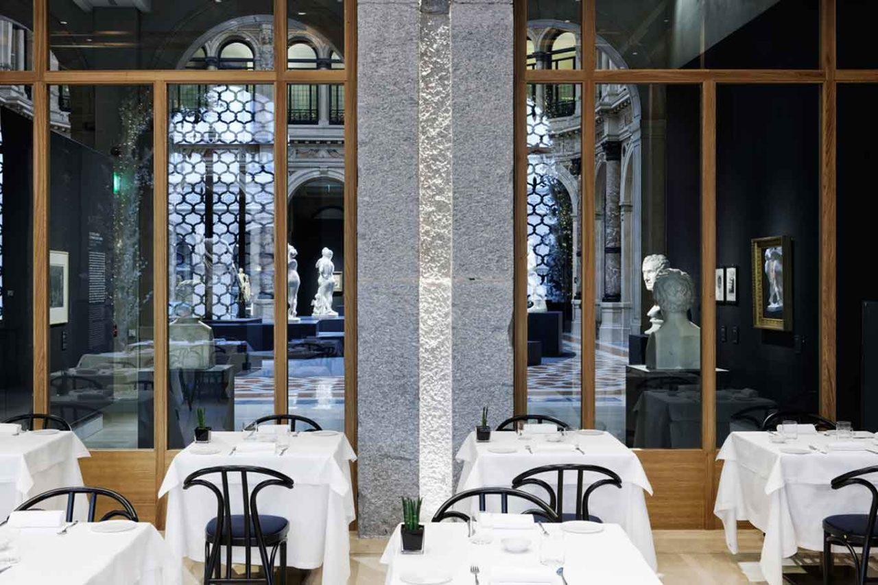 voce aimo nadia ristorante vetrate verso gallerie d'italia