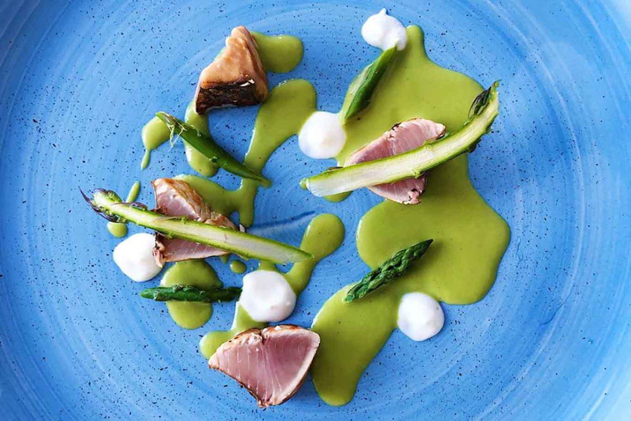 tagliata di tonno con asparagi
