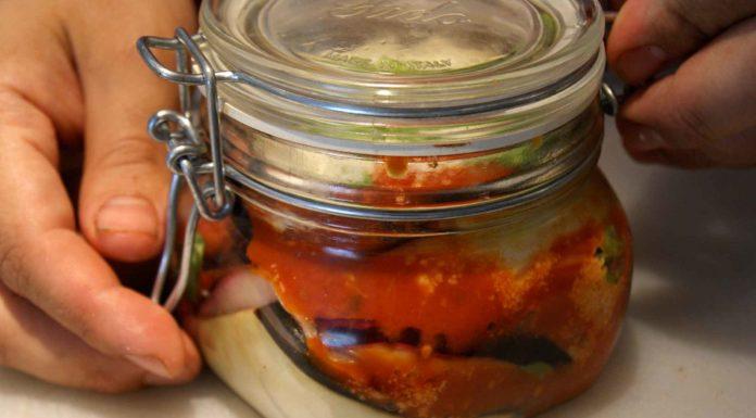 parmigiana di melanzane in barattolo