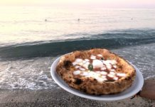 pizza sul mare di Messina Summer Pub