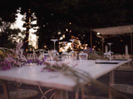Luce nuovo ristorante all'aperto a Roma