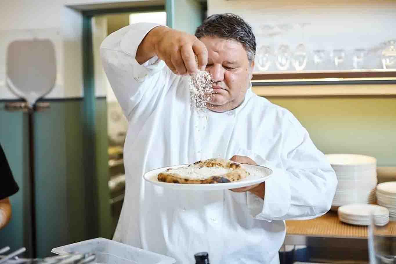 Stefano Callegari pizza cacio e pepe sforno